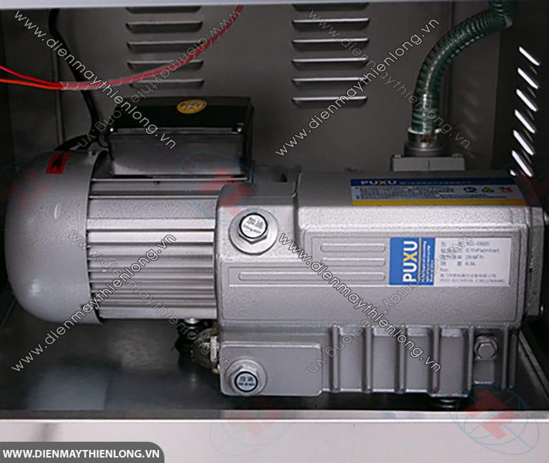 motor-bom-hut-chan-khong-20l-900w